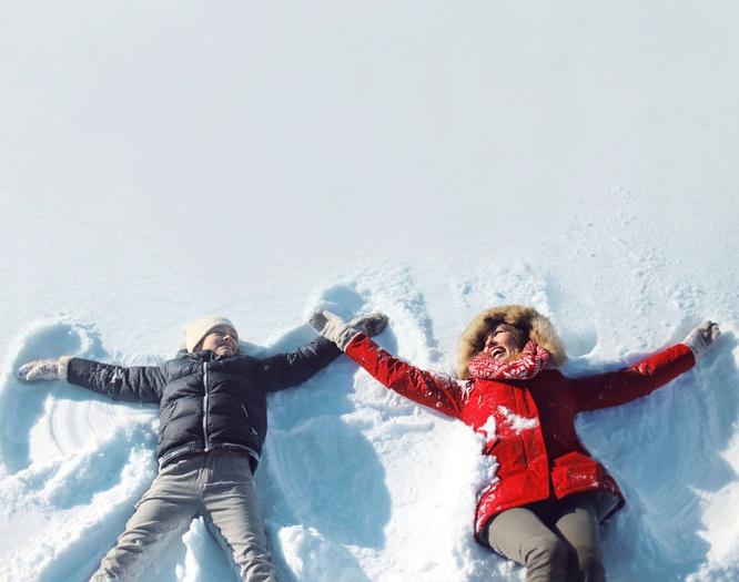 Snow_Fun_in_the_winter.jpg